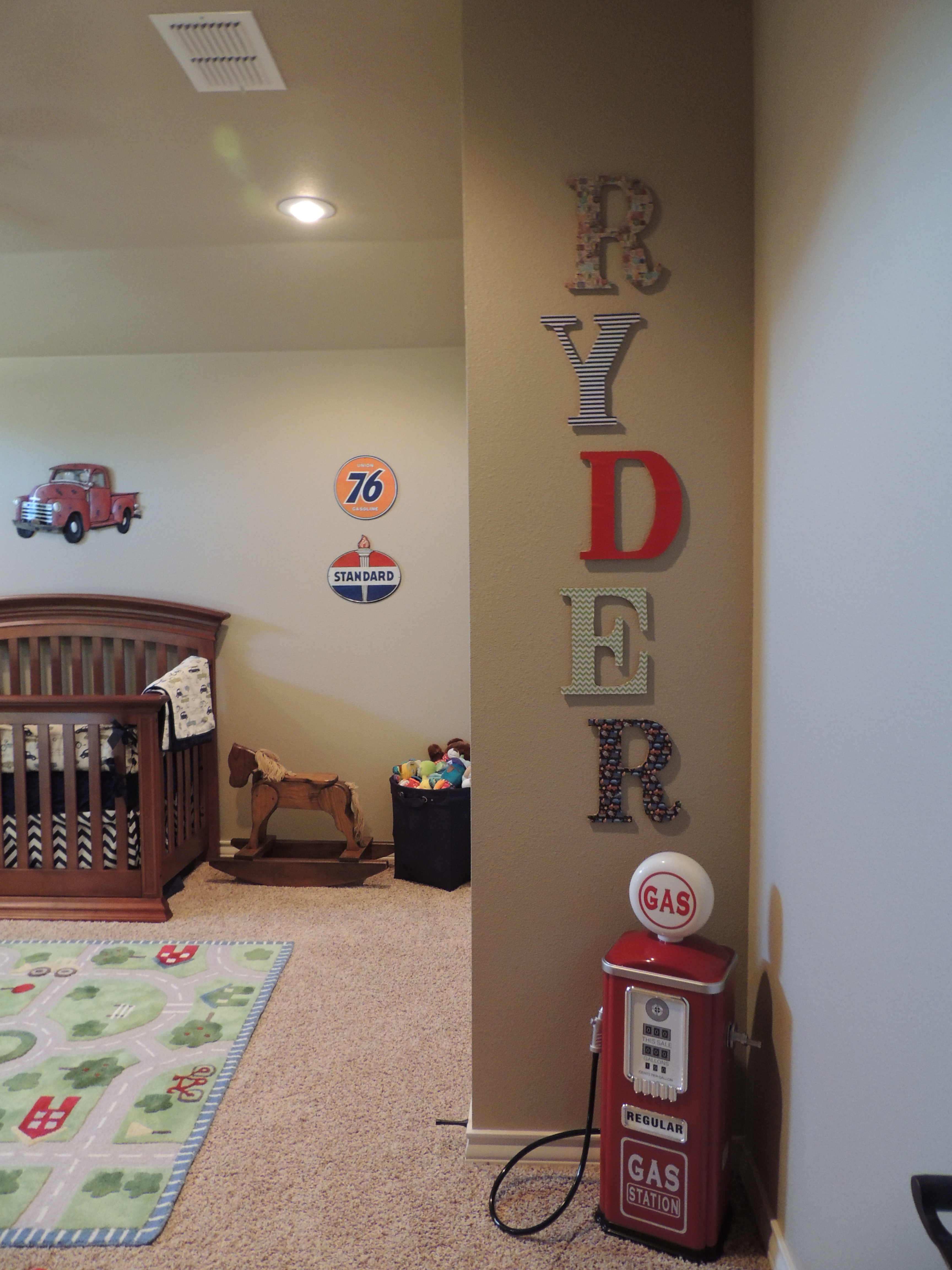 Baby Boy Room Cars: Our Whizdoms
